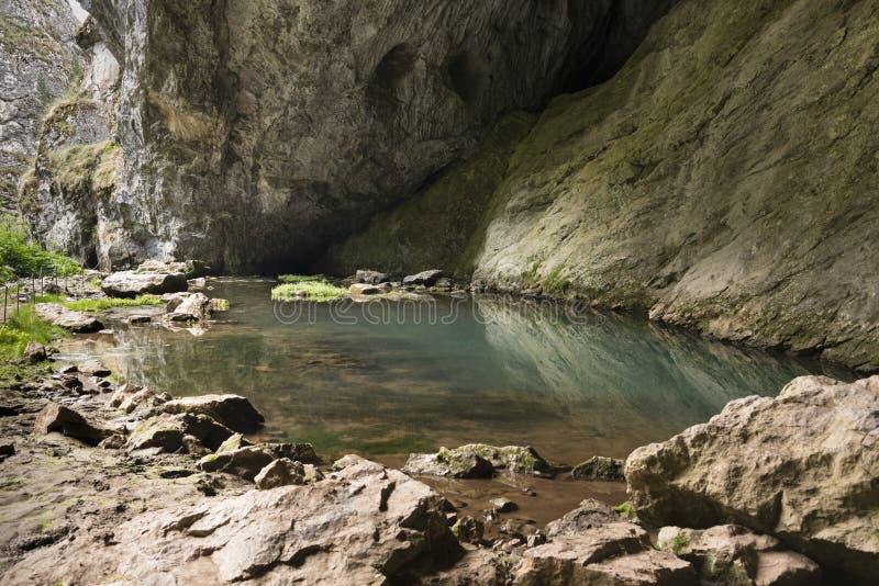 Επιφύλαξη φύσης λιμνών στο βράχο στοκ εικόνες