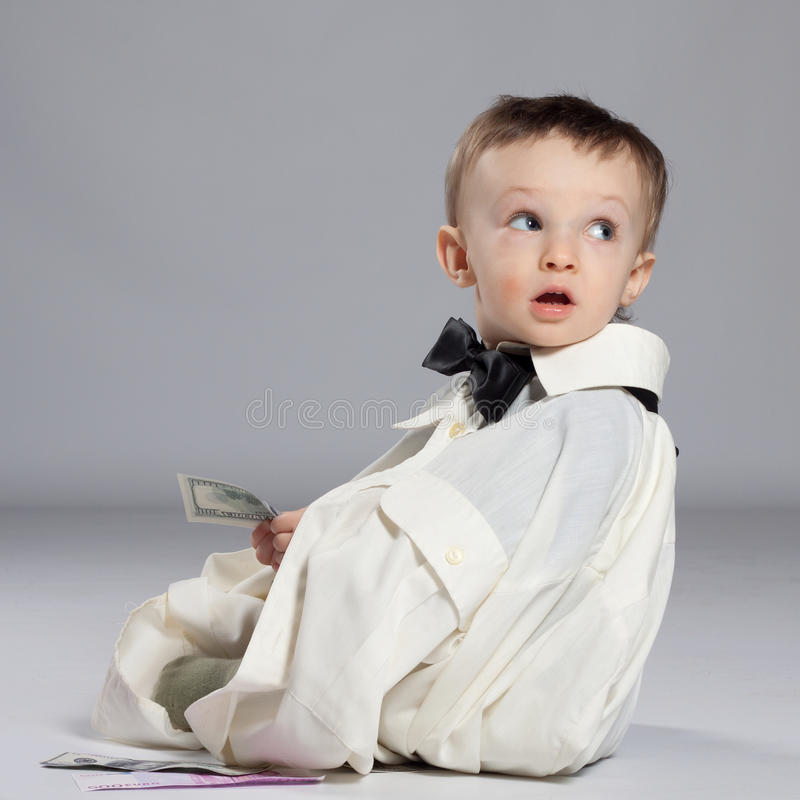Επιχειρηματίας αγοριών μικρών παιδιών στοκ εικόνες με δικαίωμα ελεύθερης χρήσης