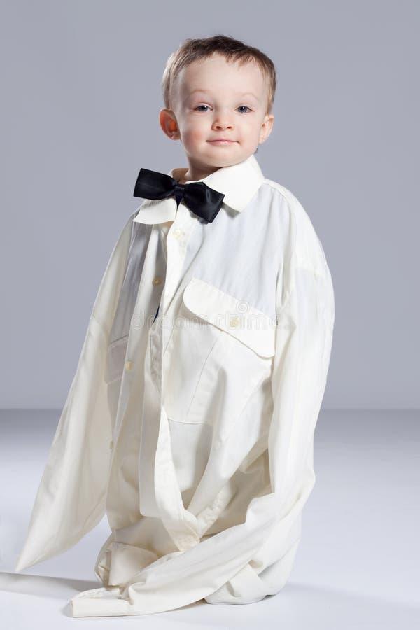 Επιχειρηματίας αγοριών μικρών παιδιών στοκ φωτογραφία με δικαίωμα ελεύθερης χρήσης