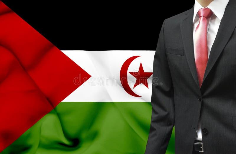 Επιχειρηματίας από τη δυτική εννοιολογική εικόνα Σαχάρας στοκ εικόνα με δικαίωμα ελεύθερης χρήσης