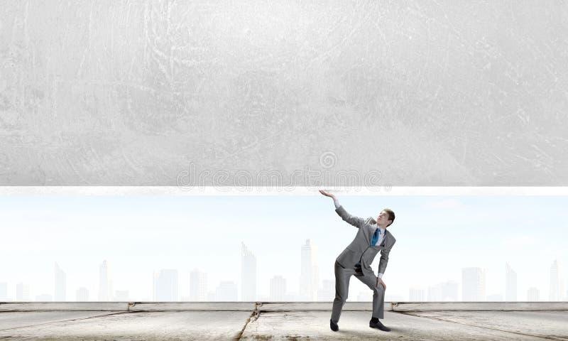 επιχειρηματίας ισχυρός στοκ φωτογραφία