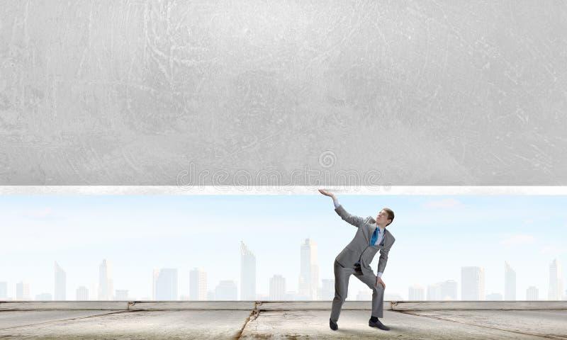 επιχειρηματίας ισχυρός στοκ φωτογραφίες