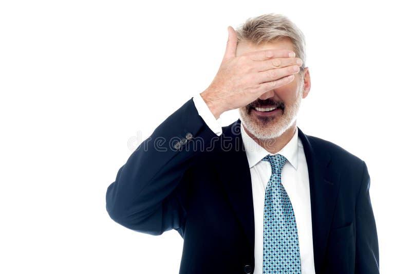 Επιχειρηματίας που κάνει να μην δει καμία χειρονομία στοκ εικόνα