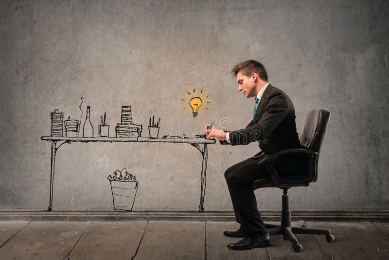 επιχειρηματίας που συγ&k στοκ εικόνα με δικαίωμα ελεύθερης χρήσης