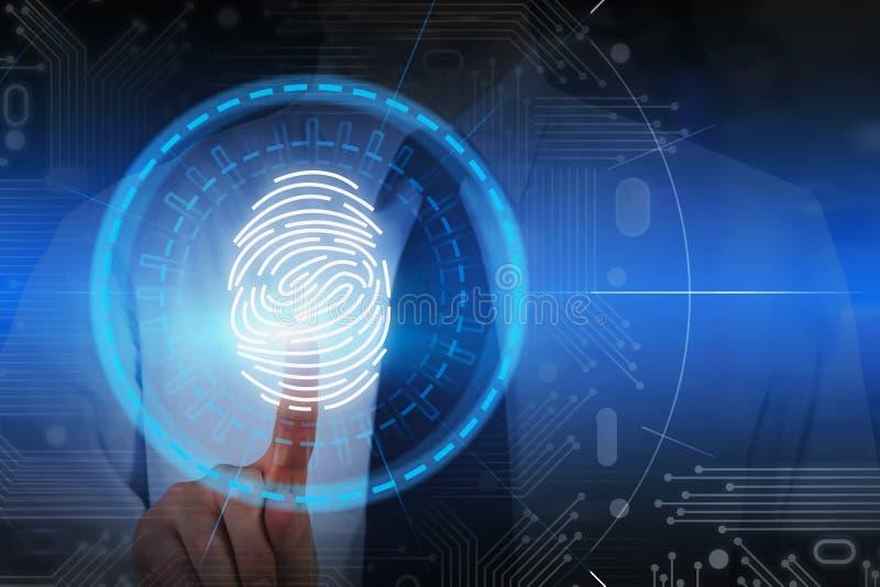 Επιχειρηματίας που χρησιμοποιεί την ανίχνευση προσδιορισμού δακτυλικών αποτυπωμάτων στοκ εικόνες με δικαίωμα ελεύθερης χρήσης
