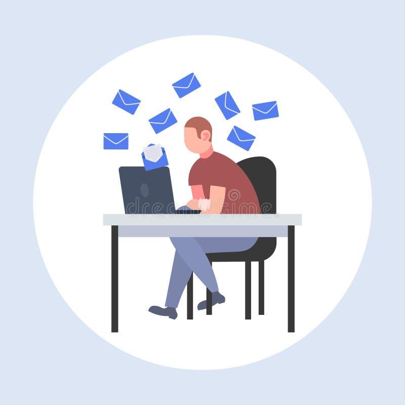 Επιχειρηματίας που χρησιμοποιεί το lap-top για τον έλεγχο της σε απευθείας σύνδεση συνεδρίασης επιχειρησιακών ατόμων έννοιας επικ απεικόνιση αποθεμάτων