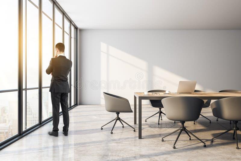 Επιχειρηματίας στην αίθουσα συνεδριάσεων ελεύθερη απεικόνιση δικαιώματος