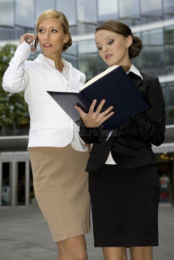 επιχειρηματίες δύο στοκ φωτογραφία