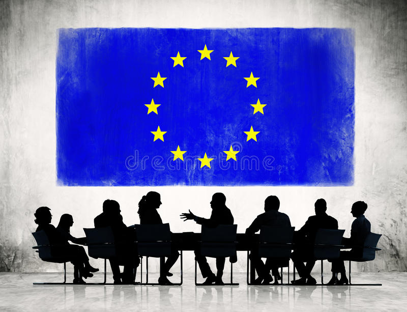 Επιχειρηματίες με τη σημαία της Ευρωπαϊκής Ένωσης διανυσματική απεικόνιση