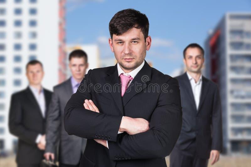 Επιχειρηματίες στην οδό στοκ εικόνες