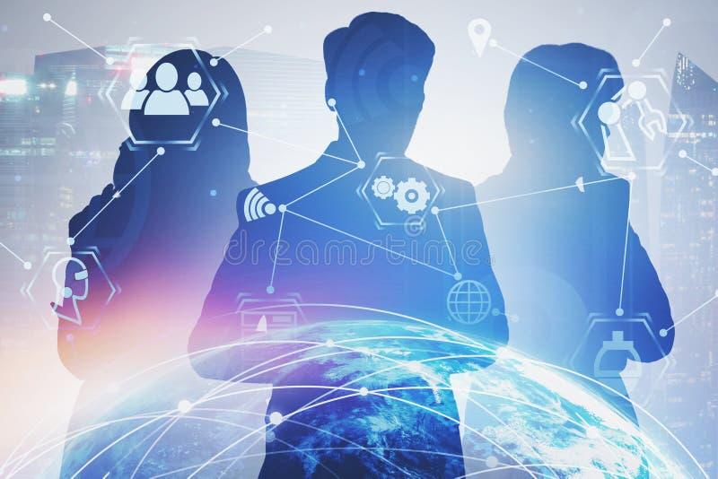Επιχειρηματίες στην πόλη, διεπαφή Διαδικτύου στοκ φωτογραφία