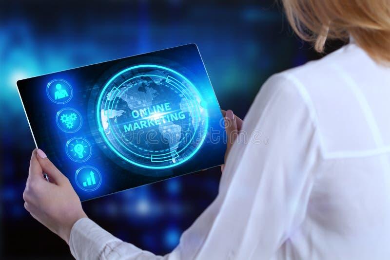 Επιχειρηματικό, τεχνολογικό, Διαδίκτυο και έννοια του δικτύου Ιδέα της στρατηγικής της ψηφιακής εμπορικής διαφημιστικής στρατηγικ στοκ εικόνες