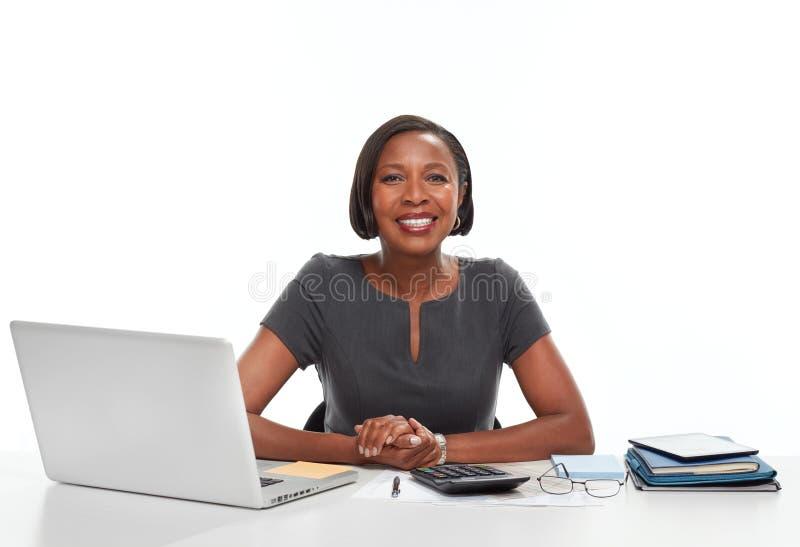 Επιχειρησιακή γυναίκα αφροαμερικάνων στοκ φωτογραφία