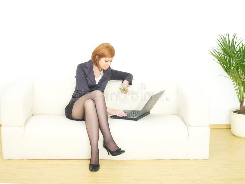 επιχειρησιακή γυναίκα στοκ εικόνα με δικαίωμα ελεύθερης χρήσης