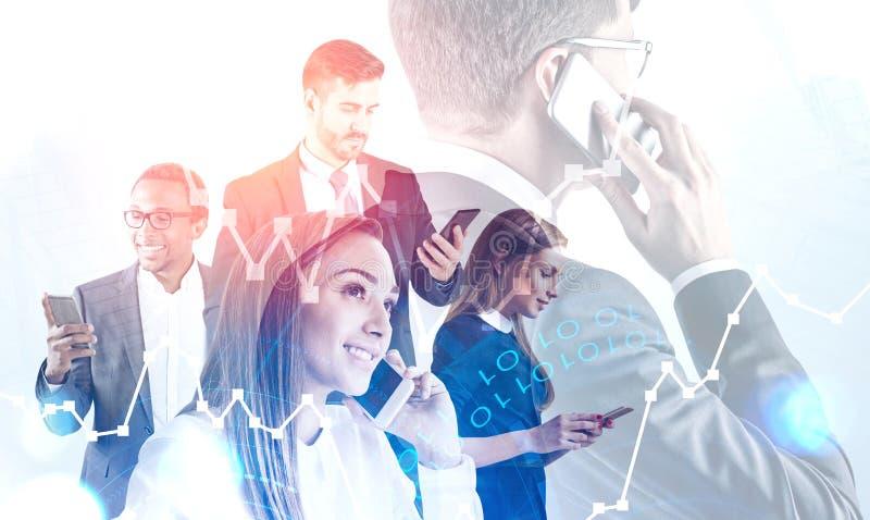 Επιχειρησιακή ομάδα με τα τηλέφωνα, ανάλυση χρηματιστηρίου διανυσματική απεικόνιση