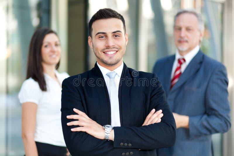 Επιχειρησιακή ομάδα: ομάδα επιχειρηματιών στοκ φωτογραφία με δικαίωμα ελεύθερης χρήσης