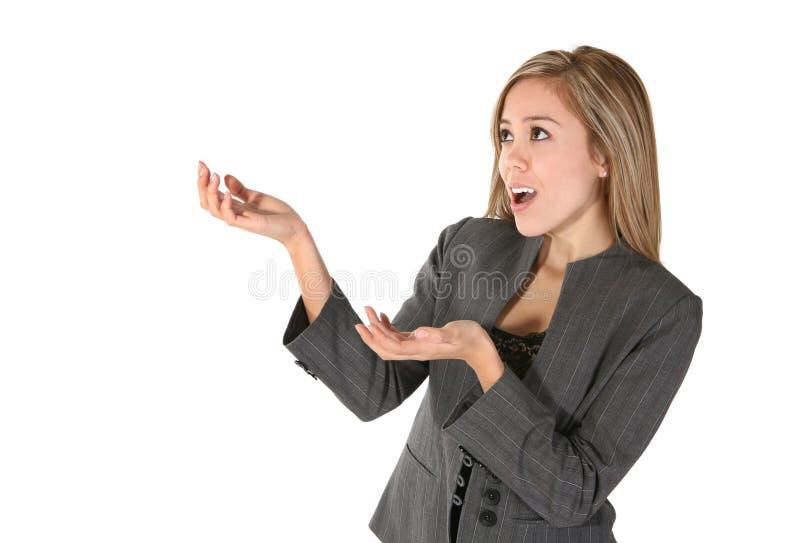 επιχειρησιακή gesturing γυναίκα στοκ φωτογραφίες