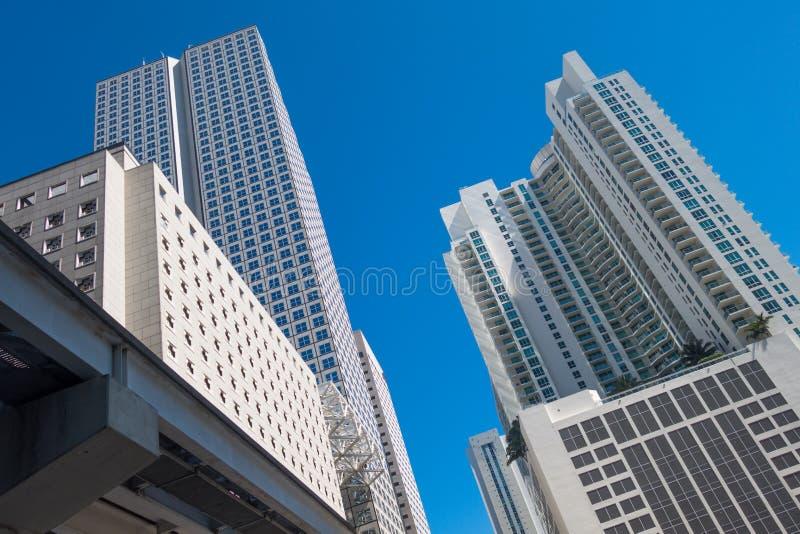 Επιχειρησιακοί πύργοι στοκ εικόνες