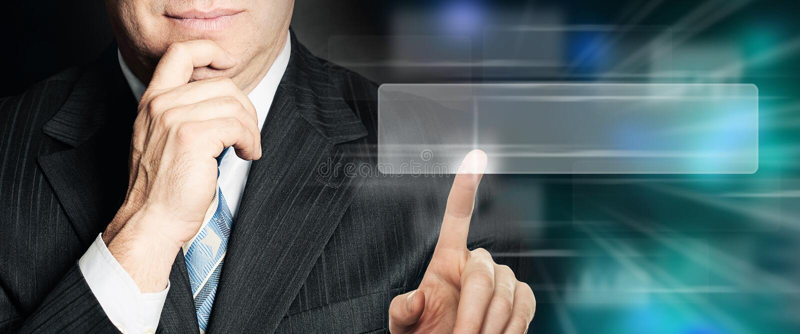 Επιχειρησιακό άτομο που δείχνει τον κενό φραγμό διευθύνσεων στην εικονική μηχανή αναζήτησης Seo, Διαδίκτυο που εμπορεύεται και έν στοκ εικόνες με δικαίωμα ελεύθερης χρήσης