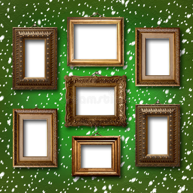 Επιχρυσωμένα ξύλινα πλαίσια για τις εικόνες στο αφηρημένο υπόβαθρο στοκ εικόνα με δικαίωμα ελεύθερης χρήσης