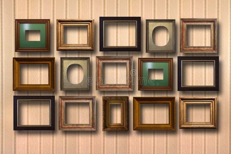 Επιχρυσωμένα ξύλινα πλαίσια για τις εικόνες στο υπόβαθρο στοκ εικόνες με δικαίωμα ελεύθερης χρήσης