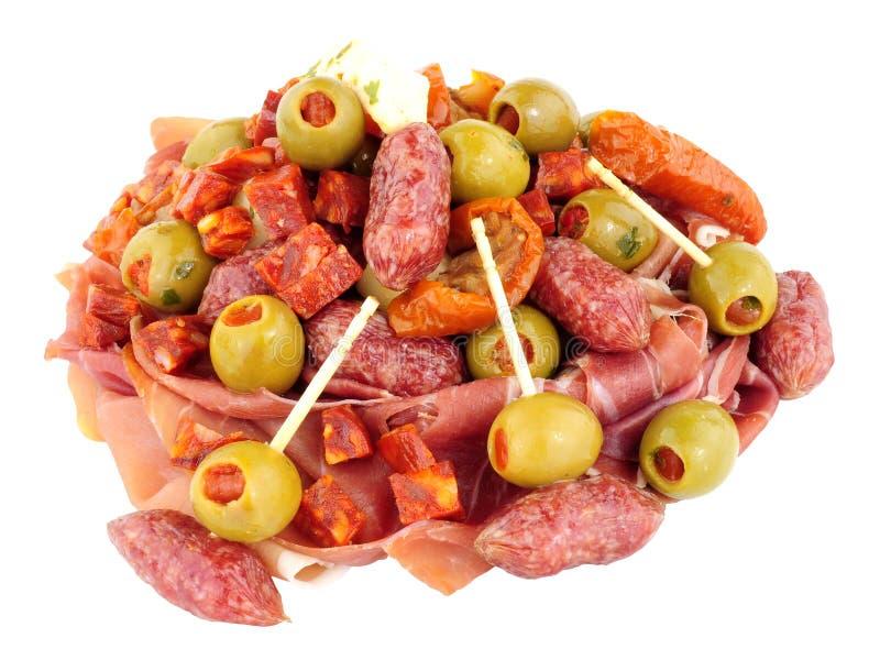 Επιλογή πρόχειρων φαγητών Antipasti που απομονώνεται σε ένα άσπρο υπόβαθρο στοκ εικόνες