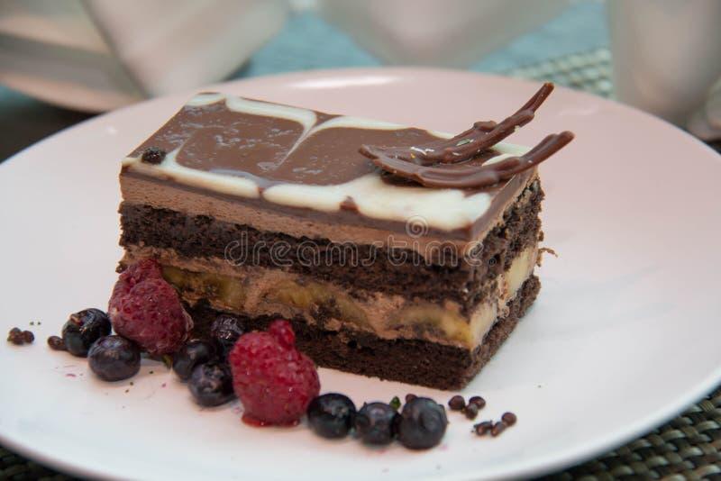 Επιδόρπιο κέικ μπανανών σοκολάτας στοκ φωτογραφία με δικαίωμα ελεύθερης χρήσης