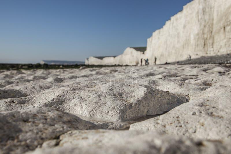 Επτά αδελφές και Beachy επικεφαλής απότομοι βράχοι, Αγγλία, ανατολικό Σάσσεξ - παραλία κιμωλίας στοκ φωτογραφίες
