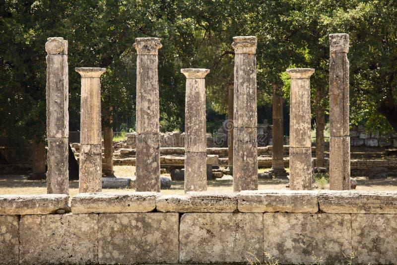 Επτά ελληνικοί στυλοβάτες σε Olympus στοκ φωτογραφία