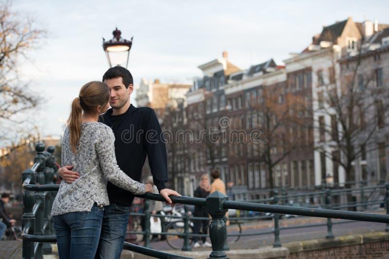 Εραστές στο Άμστερνταμ στοκ εικόνα