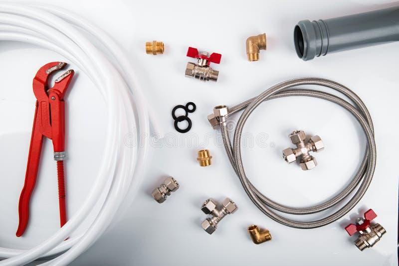 Εργαλεία και συναρμολογήσεις υδραυλικών Τοπ όψη στοκ εικόνα με δικαίωμα ελεύθερης χρήσης