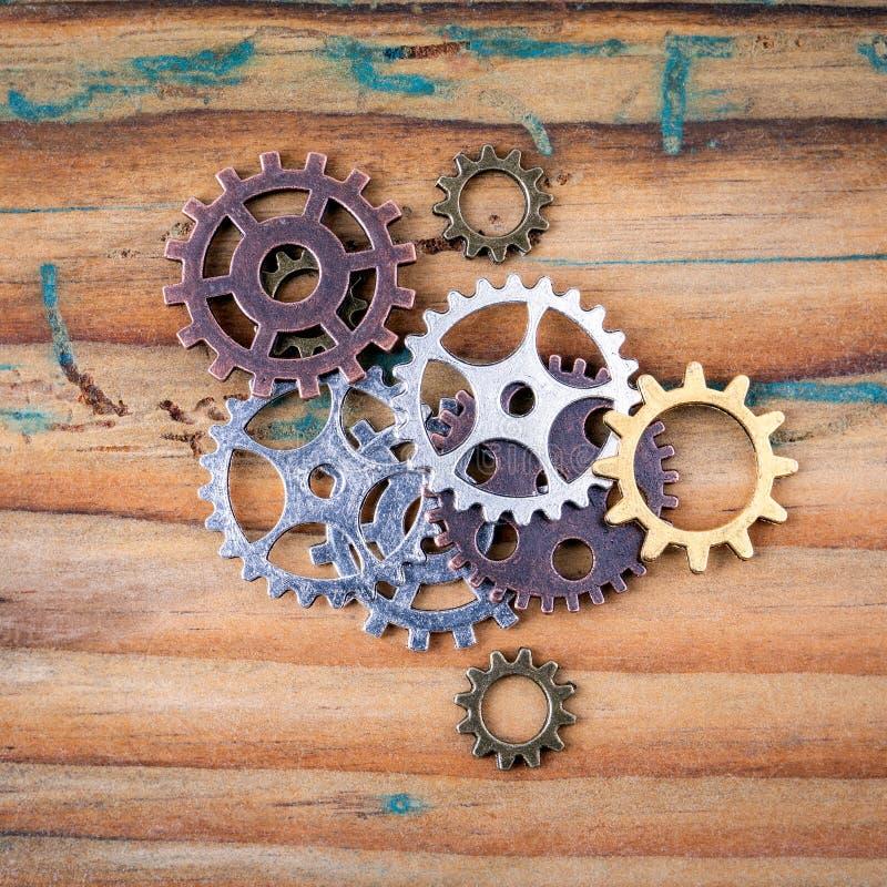 Εργαλεία στα διαφορετικά μεγέθη και τα χρώματα στοκ εικόνες με δικαίωμα ελεύθερης χρήσης