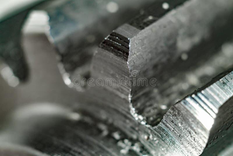 Εργαλείο μετά από την άλεση, μακροεντολή Στενός επάνω λεπτομέρειας μετάλλων στοκ εικόνες
