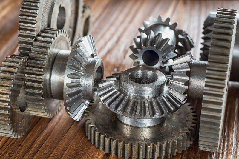Εργαλείο χάλυβα και μειωτής, λεπτομέρειες εφαρμοσμένης μηχανικής Cogwheels μετάλλων Έννοια βιομηχανίας στοκ φωτογραφίες με δικαίωμα ελεύθερης χρήσης