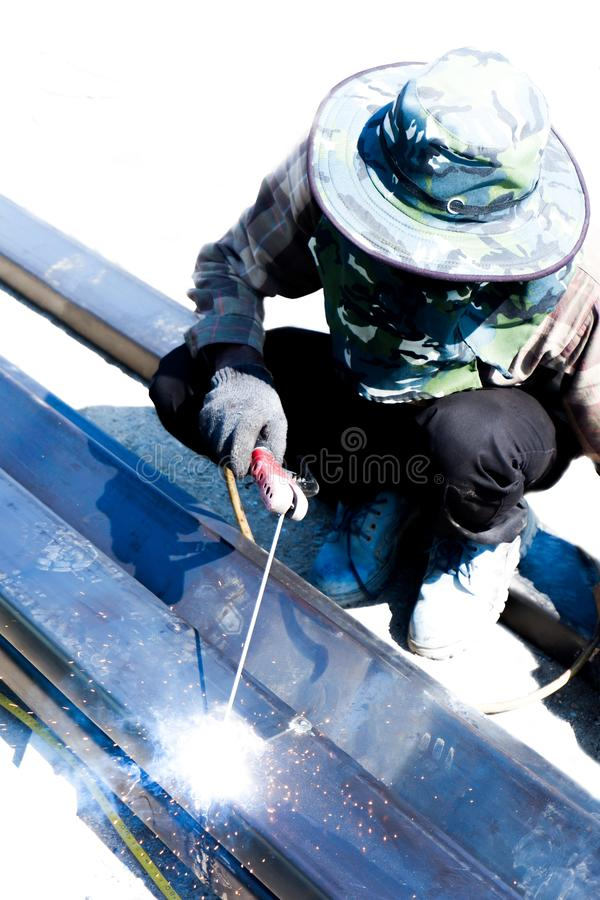 Εργασία συγκόλλησης για τη Οικοδομική Βιομηχανία στην Ταϊλάνδη στοκ εικόνα