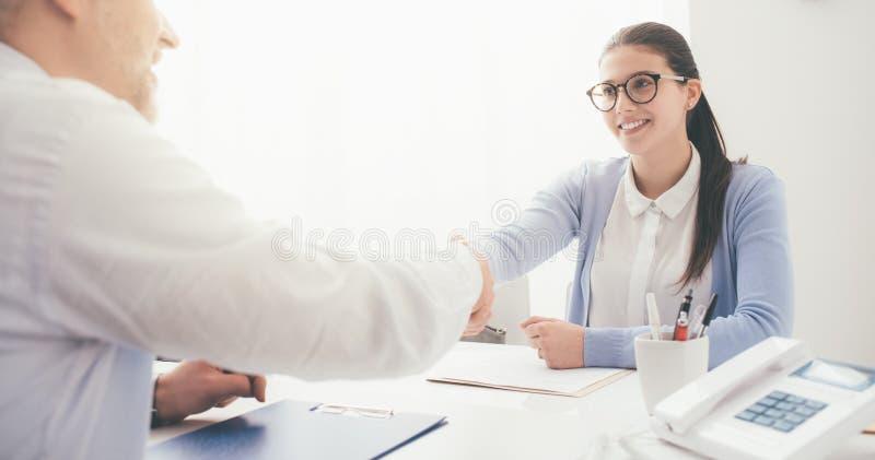 εργασία συνέντευξης επι& στοκ φωτογραφία με δικαίωμα ελεύθερης χρήσης
