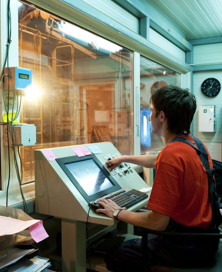 εργασία χειριστών εργοσ στοκ φωτογραφίες