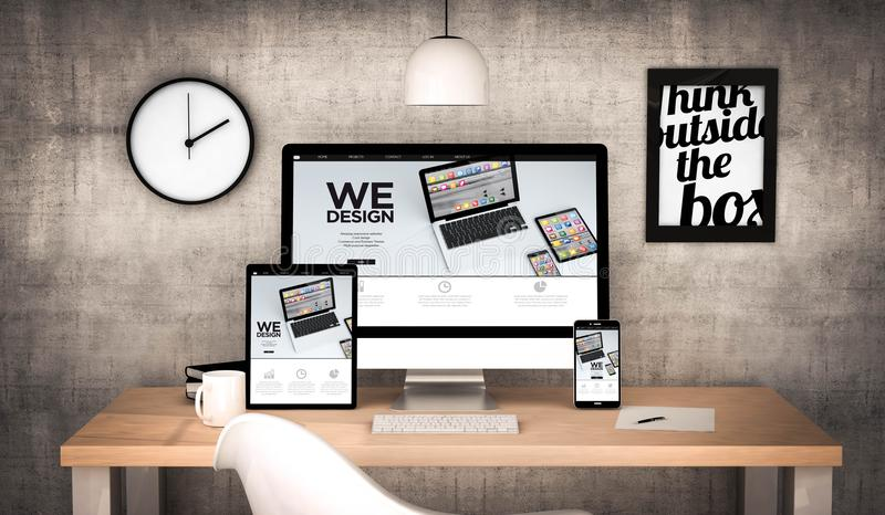 εργασιακός χώρος γραφείων με σχεδιάζουμε τη συλλογή συσκευών στοκ εικόνες