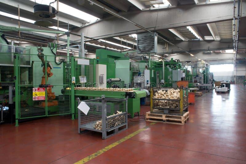 Εργαστήριο - Τύπος διαμόρφωσης μετάλλων στοκ εικόνες