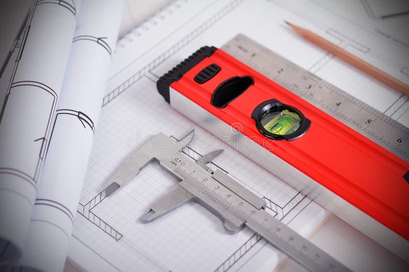 Εργαλεία και σχεδιάγραμμα στοκ εικόνες με δικαίωμα ελεύθερης χρήσης