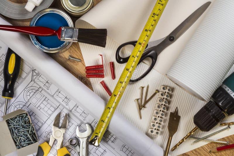 Εργαλεία που χρησιμοποιούνται στην οικιακή συντήρηση στοκ φωτογραφία
