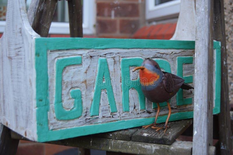 Εργαλειοθήκη κήπων της Robin μετάλλων στοκ εικόνες