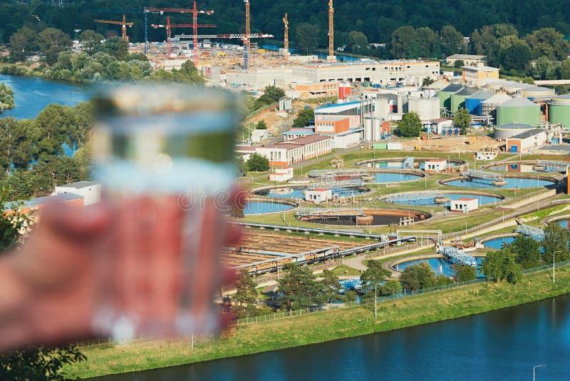 Εργοστάσιο επεξεργασίας λυμάτων στοκ εικόνα