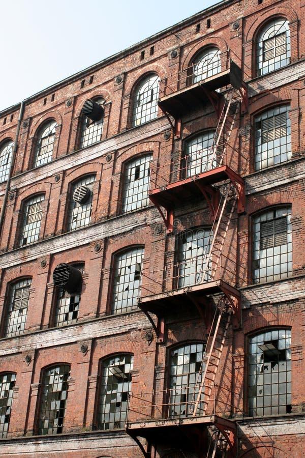 Download εργοστάσιο της Ευρώπης &be στοκ εικόνες. εικόνα από εργαζόμενοι - 103874