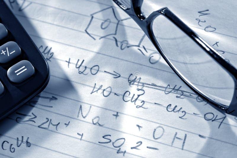 ερευνητική επιστήμη εργαστηρίων τύπων χημείας στοκ φωτογραφία