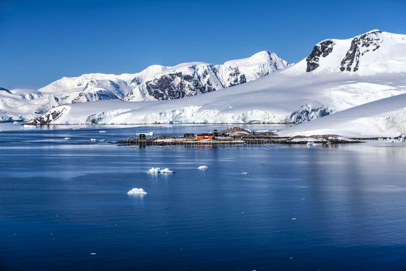 Ερευνητικός της Χιλής σταθμός βάσης της Ανταρκτικής στοκ εικόνες με δικαίωμα ελεύθερης χρήσης