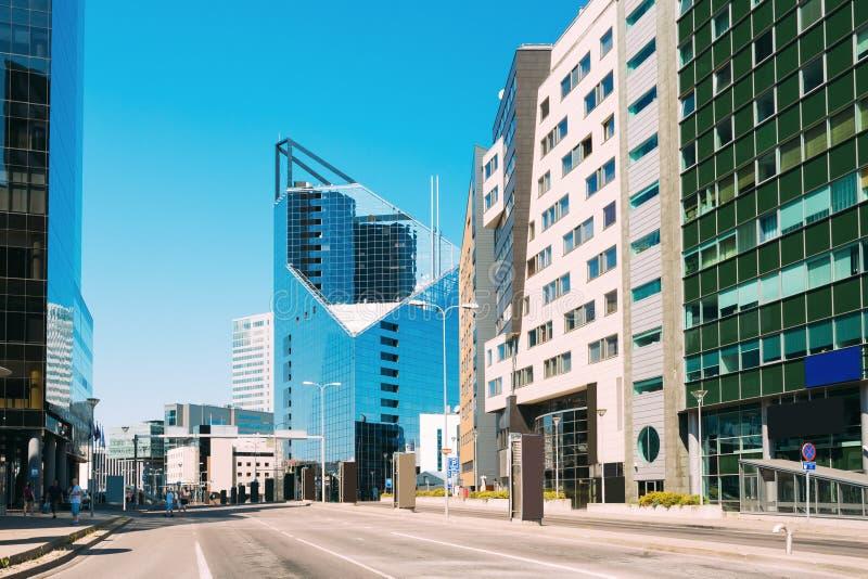 Εσθονία Ταλίν Σύγχρονη αρχιτεκτονική στο εσθονικό κεφάλαιο Ουρανοξύστης εμπορικών κέντρων στο Ταλίν - Tartu - Vyru - στοκ εικόνες