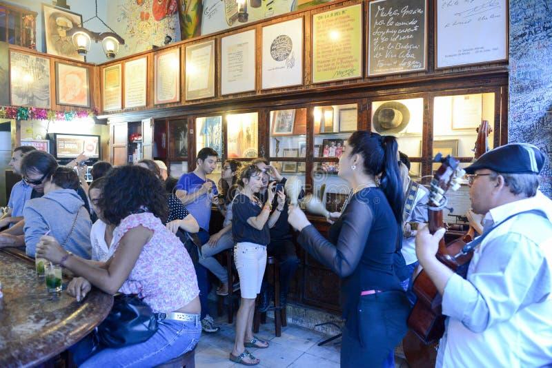 Εστιατόριο Λα Bodeguita del Medio στην παλαιά Αβάνα, Κούβα στοκ εικόνα με δικαίωμα ελεύθερης χρήσης