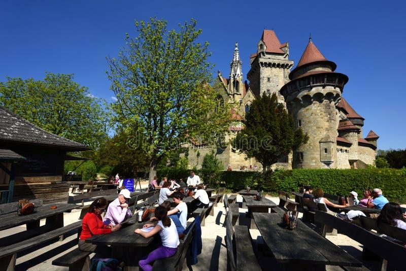 Εστιατόριο σε Burg Kreuzenstein, Niederosterreich, Αυστρία στοκ εικόνα με δικαίωμα ελεύθερης χρήσης