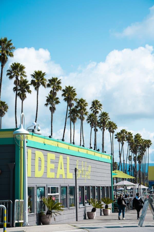 Εστιατόριο στο θαλάσσιο περίπατο παραλιών Santa Cruz στοκ φωτογραφίες με δικαίωμα ελεύθερης χρήσης